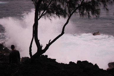 Kehena Black Sand Beach 11