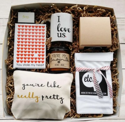 Valentine Day Gift Set Basket, best valentines day gifts for girlfriend