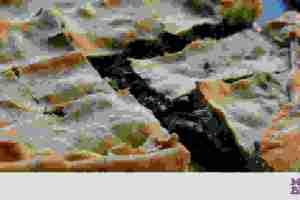 Πεντανόστιμη χορτόπιτα  με τραχανά