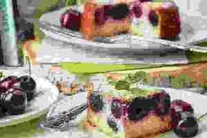 Συνταγή με κεράσια: Κέικ με κεράσια χωρίς γλουτένη, ζάχαρη και βούτυρο