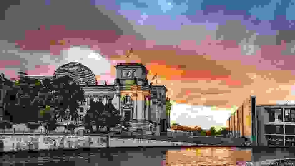 Ενόψει θερμού πολιτικού φθινοπώρου η Γερμανία | DW | 13.08.2019