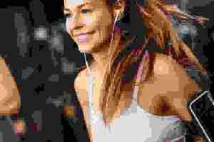 Ποιες είναι οι καλύτερες ασκήσεις για γυναίκες; Απαντά η trainer Monika Kwiecien - Shape.gr