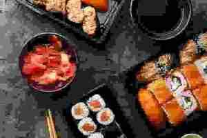 Σούσι στο σπίτι: Ποια υλικά χρειάζεσαι για το sushi bar σου;