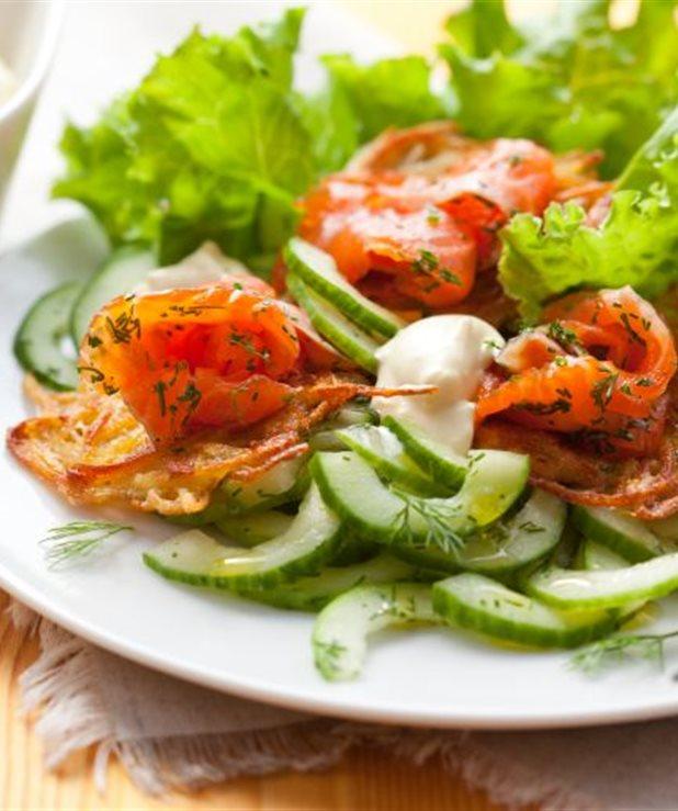 Λαχταριστή σαλάτα με σολομό