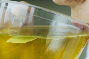 Πράσινο τσάι: Τα οφέλη για την καρδιά, τον εγκέφαλο, τους πνεύμονες