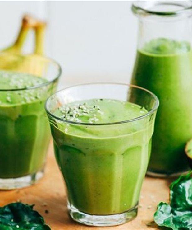 Fat burning green smoothie με ελάχιστες θερμίδες!