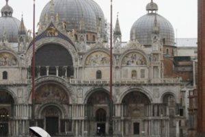Βενετία: Σε κατάσταση έκτακτης ανάγκης μετά την ιστορική πλημμυρίδα
