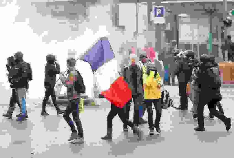 Γαλλία : Εκατοντάδες συλλήψεις διαδηλωτών του κινήματος των Κίτρινων Γιλέκων - Ειδήσεις - νέα - Το Βήμα Online