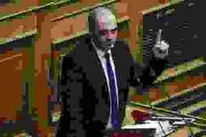Ο Βελόπουλος κατηγορεί τη ΝΔ για αριστεροφοβία και ζητάει κλειστά σύνορα και τείχος στον Έβρο