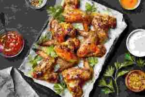 10 συνταγές με κοτόπουλο για εύκολο γεύμα με άπαχη πρωτεΐνη (στο φούρνο, σε γάστρα, σαλάτα, τορτίγια, σούπα, ακόμα και ομελέτα) - Shape.gr