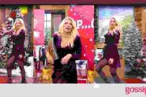 Ελένη: Δείτε την με το πιο σέξι φόρεμα ever- Το σκίσιμό της έφερε αναστάτωση! (Video & Photos)