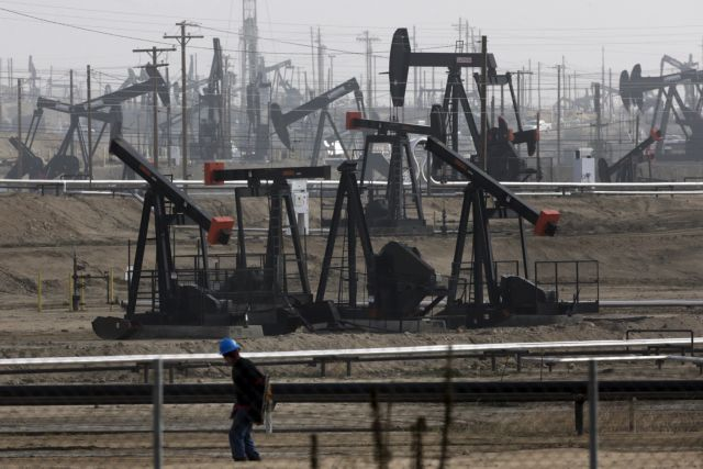 Ανακάμπτουν οι τιμές του πετρελαίου από τα χαμηλά 18 ετών