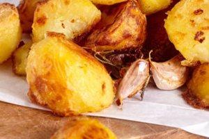 Πώς να φτιάξετε τραγανές πατάτες φούρνου