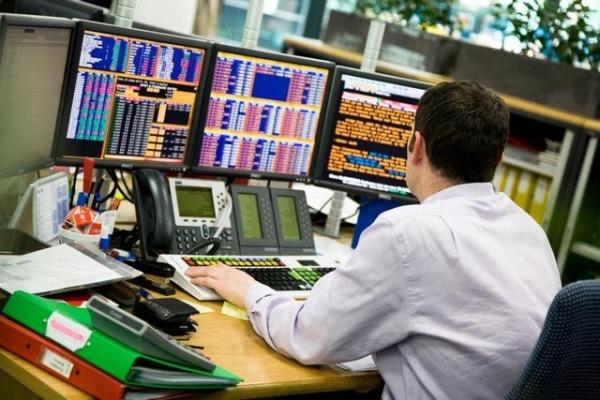 Comeback τραπεζών στο ΧΑ, ανοδικά τα χρηματιτήρια