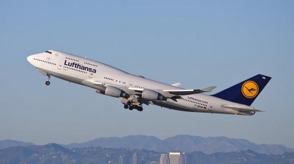 Lufthansa: Χάνει 1 εκατ. ευρώ κάθε ώρα που περνάει εξαιτίας της πανδημίας