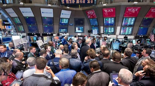 Wall Street: Ανάκαμψη με τους επενδυτές να προσδοκούν μια πιθανή συμφωνία για το πετρέλαιο