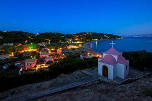 «Υμνοι» BILD στον ελληνικό τουρισμό – Τι προτείνει στους Γερμανούς