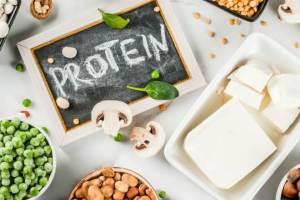 Πόση πρωτεΐνη πρέπει να καταναλώνουμε καθημερινά; Να προτιμήσω την φυτική ή τη ζωική;