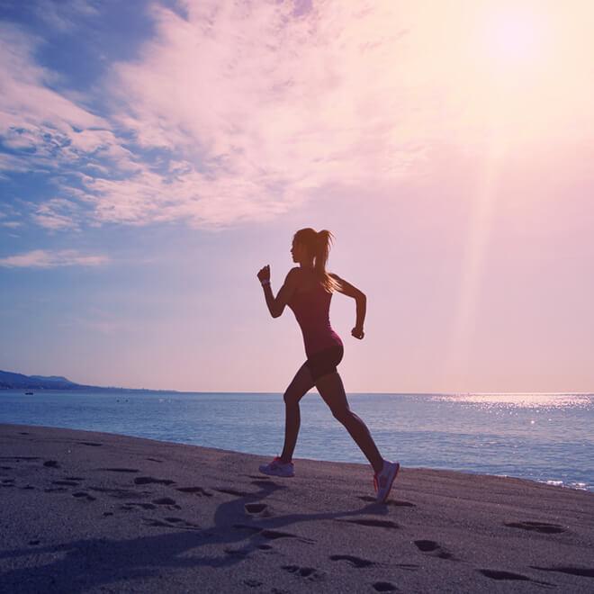 Τρέξιμο στην παραλία; Κάν' το σωστά για να καις περισσότερο! - Shape.gr