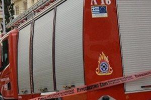 Φωτιά στην Κηφισιά στον προαύλιο χώρο εταιρείας