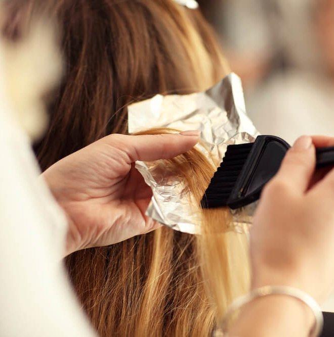 Αποτυχημένη βαφή; Πώς διορθώνεται το χρώμα μαλλιών - Shape.gr
