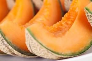 Τι διατροφικά οφέλη έχει το πεπόνι; Το πιο χαρακτηριστικό φρούτο του καλοκαιριού στο μικροσκόπιο - Shape.gr