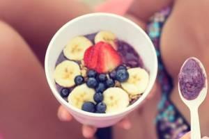Mπανάνες, μούρα και μήλα: Ποια είναι η ιδανική στιγμή να φάω το κάθε φρούτο για να είναι super θρεπτικό; - Shape.gr
