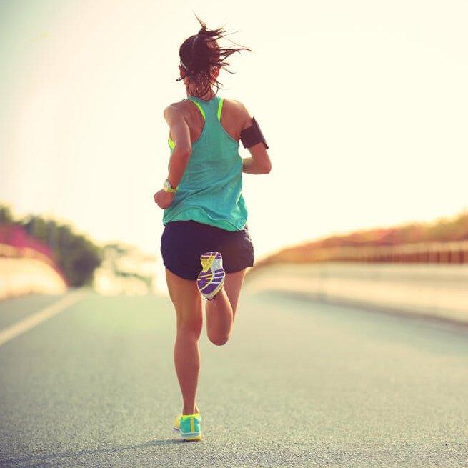 Γιατί να ξεκινήσω τρέξιμο το καλοκαίρι; Μερικοί λόγοι για να το κάνεις - Shape.gr