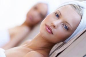 Λάδι καρύδας για δυνατά μαλλιά, πυκνά φρύδια (και άλλοι 5 τρόποι να το χρησιμοποιείς!) - Shape.gr