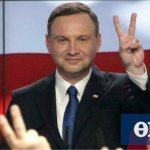 Προεδρικές εκλογές στην Πολωνία: Με οριακή διαφορά προηγείται ο Ντούντα
