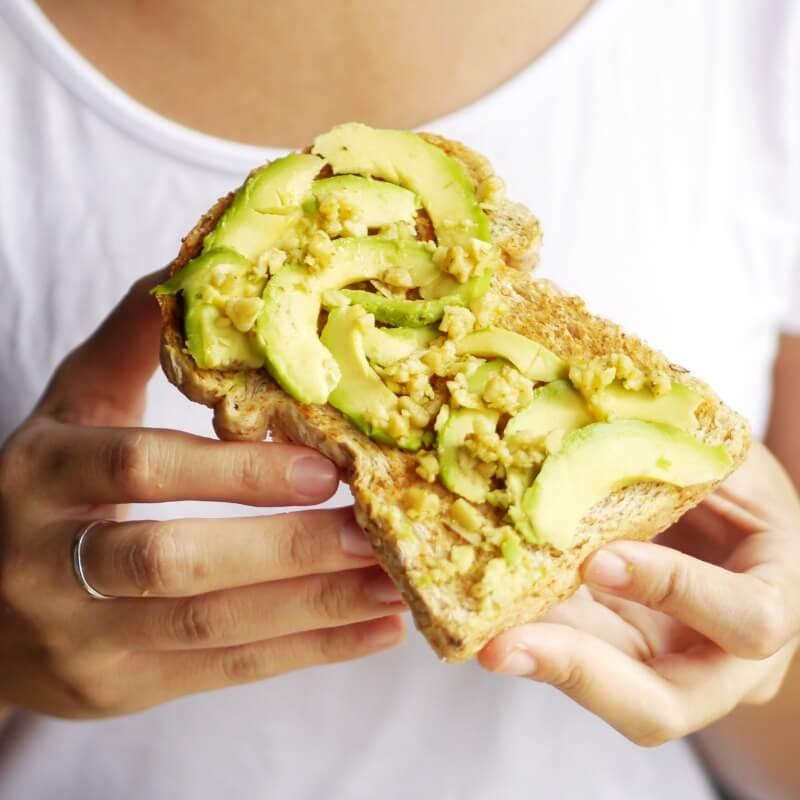 10 τρόποι να κάψεις θερμίδες και λίπος με σωστά σνακ - Shape.gr