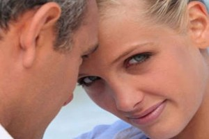 """27χρονη Εύη: """"Τα έχω με τον παντρεμένο φίλο του πατέρα μου!"""""""