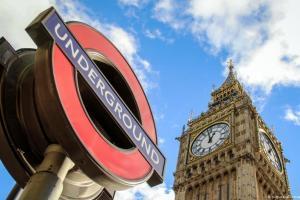 M. Bρετανία: Άρση καραντίνας για τουρίστες από 50 χώρες | DW | 03.07.2020