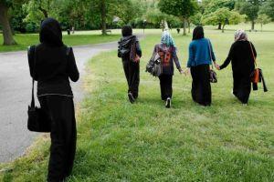 Κορωνοϊός – Βρετανία : Στοχοποιούν τις μειονότητες για την μετάδοσή του