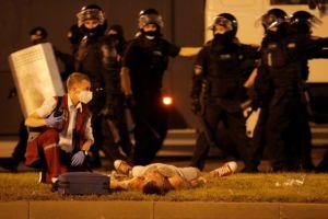 Λευκορωσία: Αγρια καταστολή των διαδηλώσεων με χρήση πραγματικών πυρών