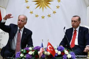 Μέτωπο (και) με Μπάιντεν ανοίγει η Τουρκία | DW | 16.08.2020