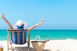 Τι να πάρω στην παραλία; Τα σνακ και όλα αυτά που πρέπει να έχει μαζί του ένα Shape Girl (και η διαιτολόγος μας!) - Shape.gr