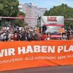 Γερμανία: Διαδηλώσεις για τους πρόσφυγες στην Ελλάδα | DW | 20.09.2020