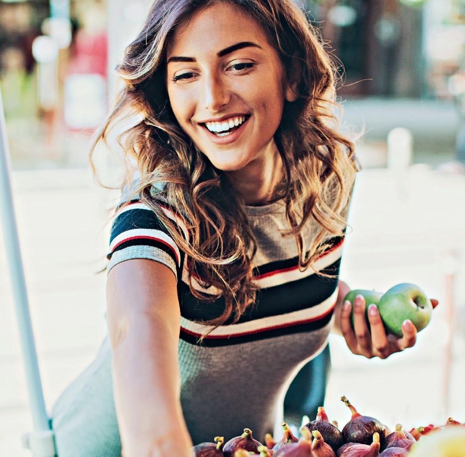 Διατροφικές διαταραχές σε γυναίκες μετά τα 40: Τα βασικά αίτια που τις προκαλούν - Shape.gr