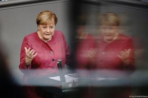 Μέρκελ: Ελλάδα και Τουρκία βρέθηκαν στα πρόθυρα σύρραξης | DW | 30.09.2020