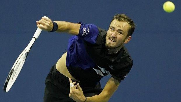US Open: Εντυπωσιακή πρεμιέρα για Μεντβέντεφ