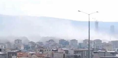 Σεισμός : Κατέρρευσαν κτίρια στη Σμύρνη