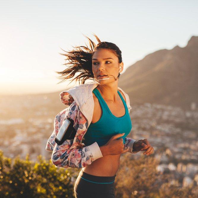 Οι συμβουλές για τρέξιμο που θα σε κάνουν γρήγορη και δυνατή - Shape.gr