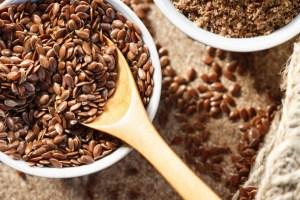 Πώς τρώγεται ο λιναρόσπορος; Τρόποι για να τον εντάξεις στη διατροφή σου από την Κωνσταντίνα Μερκούρη - Shape.gr
