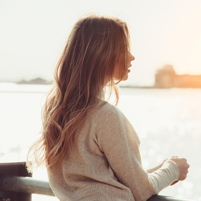 Αργείς στα ραντεβού σου; 7 θετικά πράγματα που έδειξαν οι έρευνες για σένα (και 1 λίγο αρνητικό) - Shape.gr