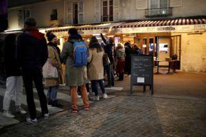 Γαλλία: Τρομάζει ο μεγάλος αριθμός κρουσμάτων – Γεμάτες οι ΜΕΘ