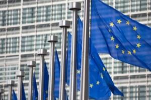 ΕΕ: Απειλεί με μπλόκο στις εξαγωγές των εμβολίων | Ειδήσεις - νέα - Το Βήμα Online