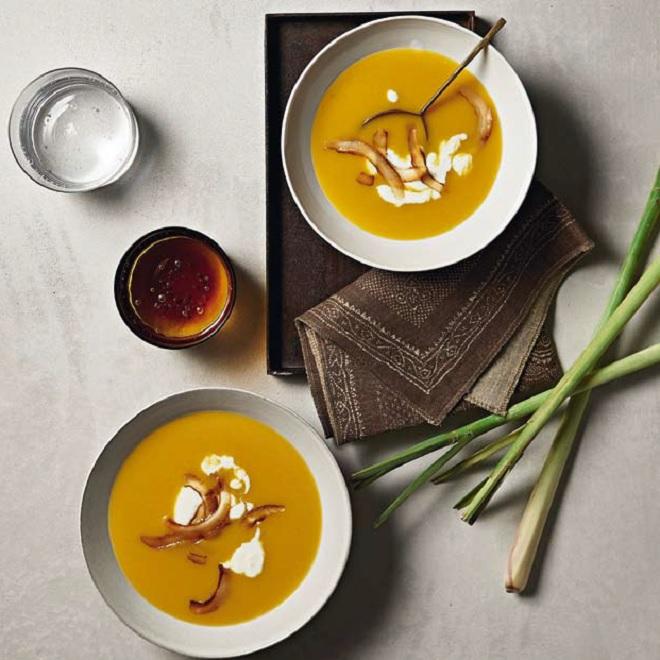 Κολοκυθόσουπα βελουτέ με λεμονόχορτο (η πιο yummy χειμερινή συνταγή) - Shape.gr