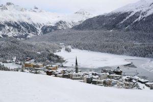 Κορωνοϊός – Ελβετία : Σε καραντίνα δύο ξενοδοχεία – Παραλλαγμένο στέλεχος του ιού εντοπίστηκε στο Σεν Μόριτζ