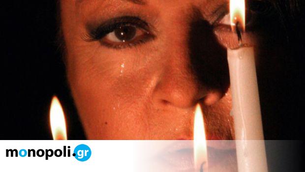 Με τη σιωπή: Η βραβευμένη παράσταση με τη Μίρκα Παπακωνσταντίνου σε τρεις online προβολές - Monopoli.gr